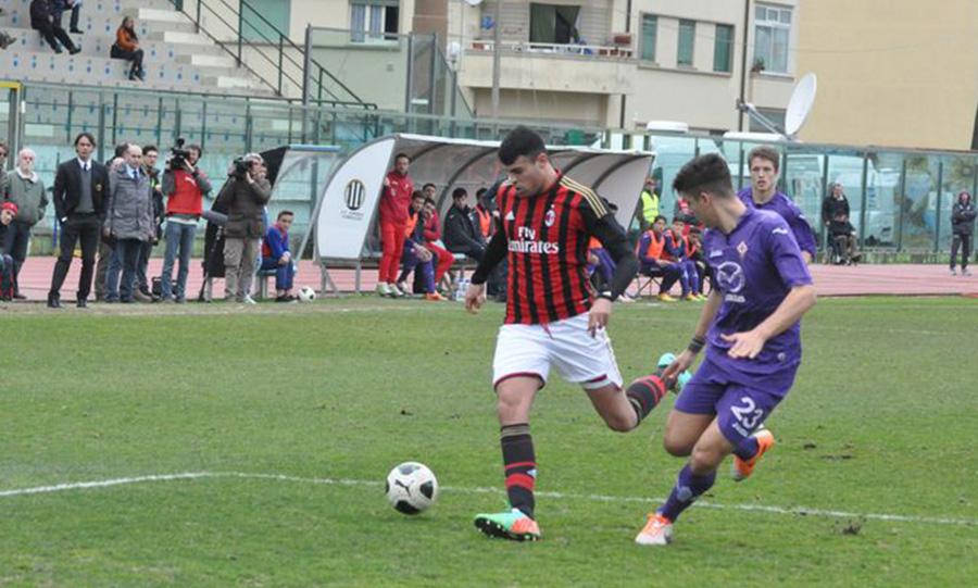 Viareggio Cup - Petagna, 2014 contro Gianluca Mancini